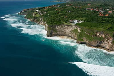 Professional aerial drone photography of the Uluwatu peninsula by LuxViz in Bali Indonesia