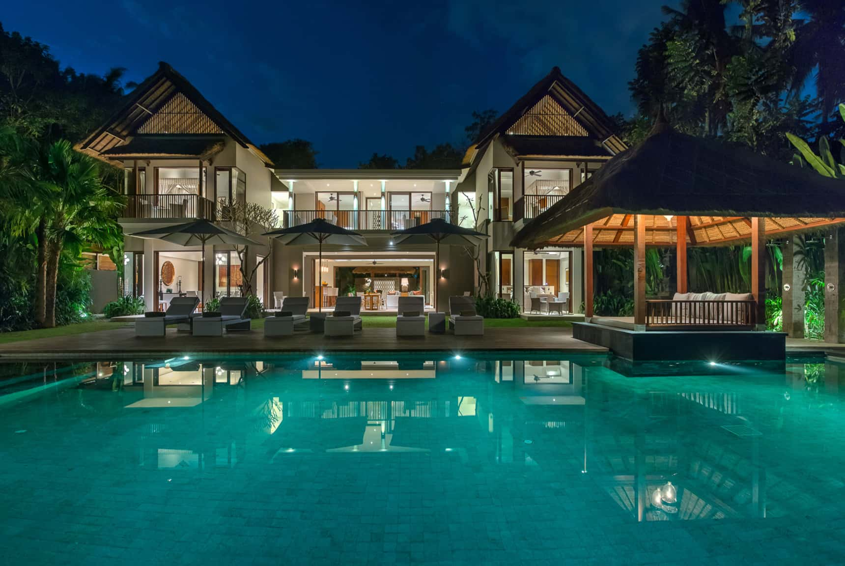 Editing digital photography of luxury hotels, resorts and villas by LuxViz: Seseh Beach Villas Bali - night time pool views
